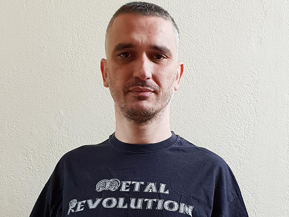 metal-revolution-bato-10002